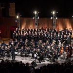 Kolaši, njihovi gosti iz Rijeke, solisti i sjajni Simfonijski puhački orkestar HV-a zagrijali srca Šibenčana
